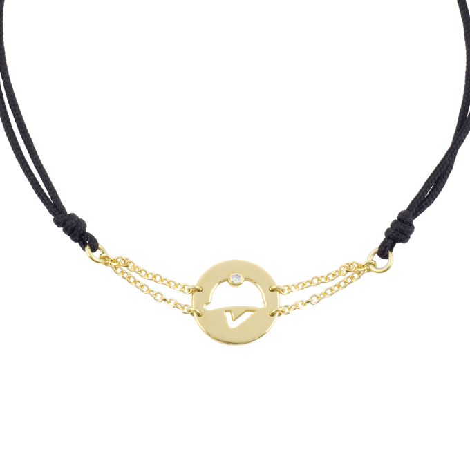 Precious and Easy Helmet In Circle Yellow Gold Bracelet